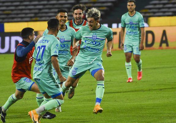 Racing quedó eliminado de la Copa Argentina por Godoy Cruz en los penales