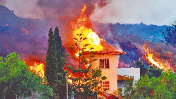 La lava sigue causando estragos en  La Palma