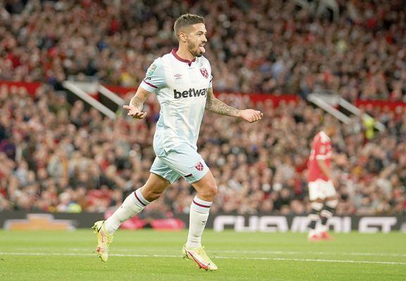 Lanzini le dio el triunfo a West Ham en Old Trafford