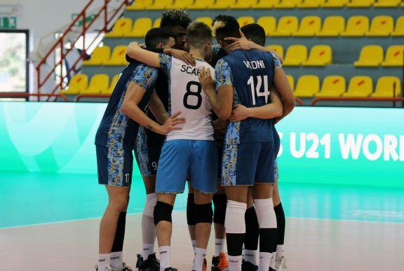 Mundial U21 de Vóleibol: el misionero Wilson Acosta, goleador y figura ante Irán