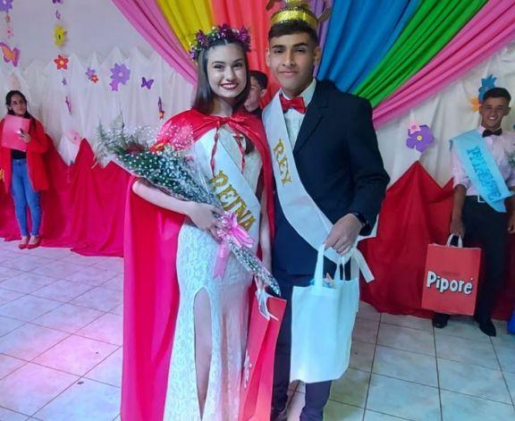 Adriana y Luciano, nuevos Reyes de la Estudiantina en Pipó