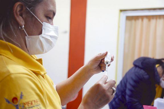 Más municipios reorganizan los testeos y la vacunación