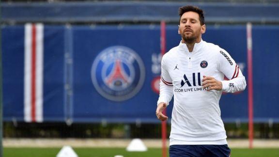 Messi vuelve a entrenarse con el plantel de PSG en la previa del duelo ante el City