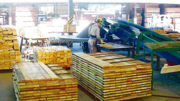 Industriales y constructores locales también señalan baja en los pedidos