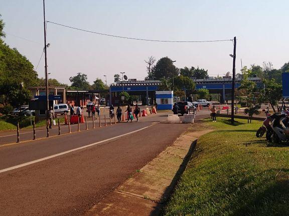 El Tancredo Neves sigue cerrado mientras se esperan las resoluciones que lo habiliten