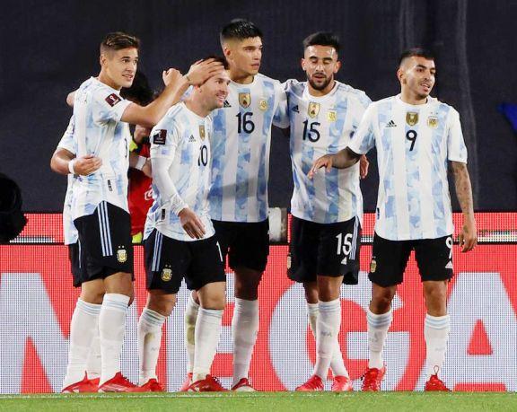 Scaloni anunció la lista para las Eliminatorias con Messi a la cabeza y un par de regresos