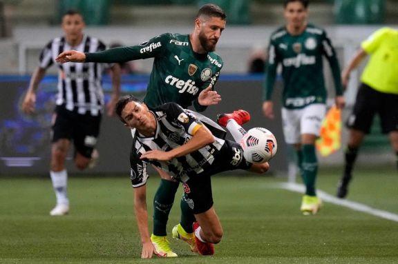 Atlético Mineiro y Palmeiras definen al primer finalista de la Copa Libertadores