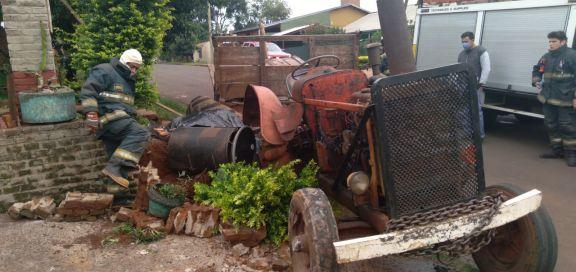 Alem: Un hombre murió tras caer del tractor de su hermano
