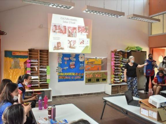 Jornada para fortalecer la formación docente del nivel inicial en educación disruptiva
