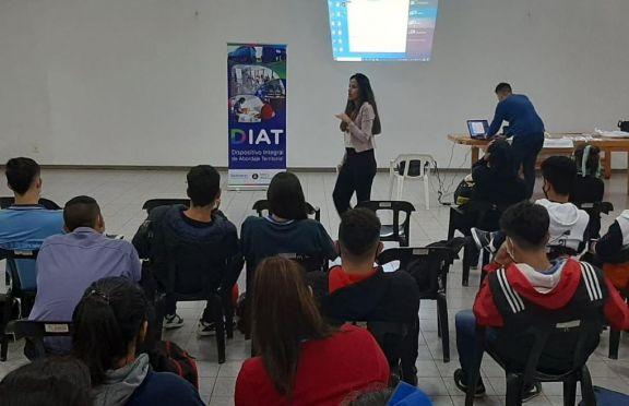 Se dictaron talleres de Sedronar a estudiantes secundarios de Puerto Libertad