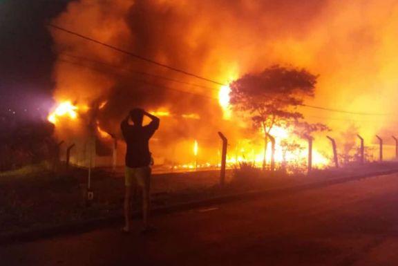 San Antonio: la Escuela Especial N° 52 fue consumida por un incendio