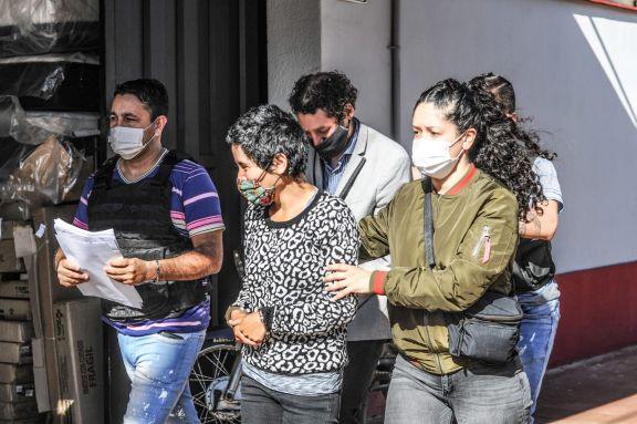 Leticia Zapata y Matías Poberezny, acusados de estafa, fueron llevados ante el juez que atenderá la causa