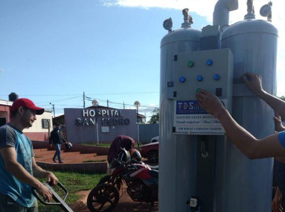 Hospital de San Pedro recibe equipo de oxígeno