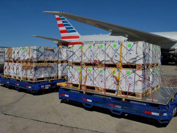 Covid-19: Argentina recibió un cargamento con 776.880 vacunas de Pfizer