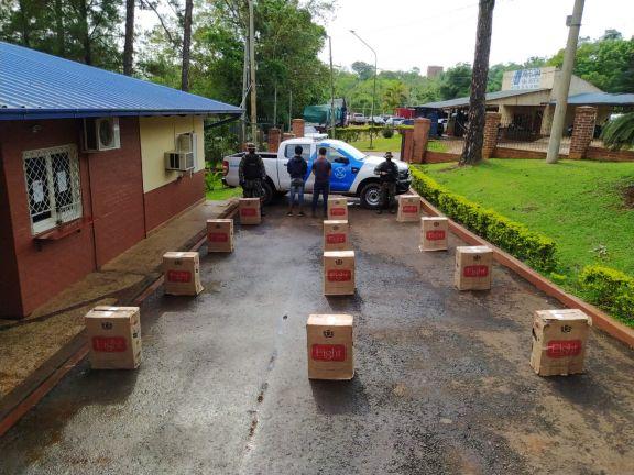 Prefectura secuestró un cargamento de cigarrillos y demoró a dos hombres
