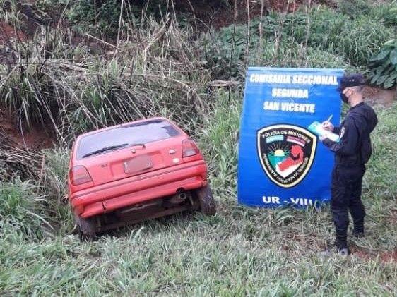En plena madrugada robaron dos autos de una concesionaria de San Vicente, fueron recuperados