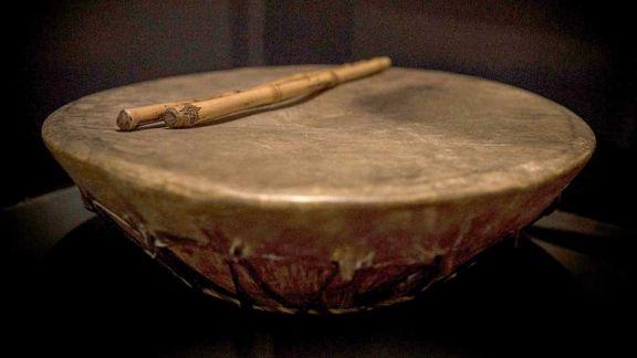 El tambor en la noche (1751)