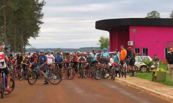 Encuentro provincial de Cicloturismo convocó a más de 200 participantes
