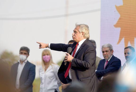 Fernández ratificó su objetivo de cambiar planes sociales por trabajo