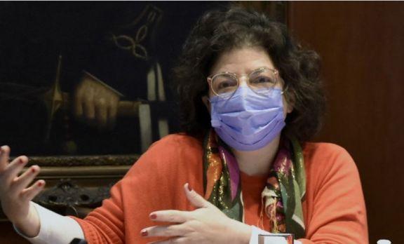"""Vizzotti: """"La vacunación a menores reducirá la circulación del virus en entornos intrafamiliares"""""""