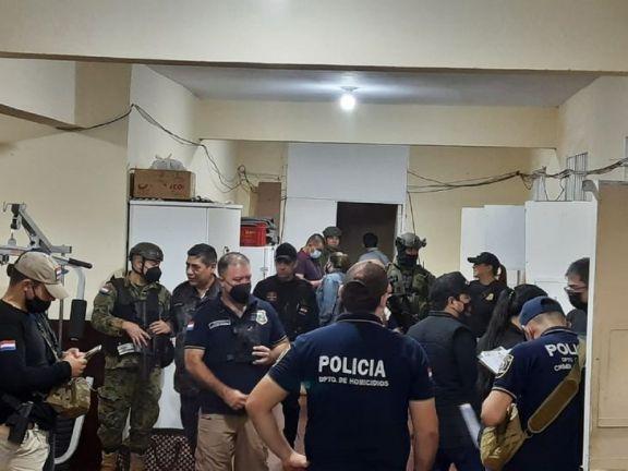 """Intervienen un penal paraguayo en la frontera con Brasil tras el hallazgo de celdas """"vip"""""""