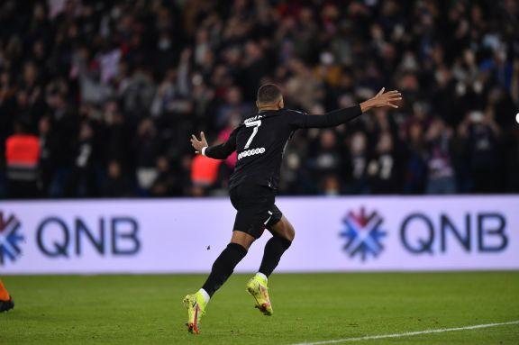 Sin Messi, PSG ganó de la mano de Mbappé y el VAR