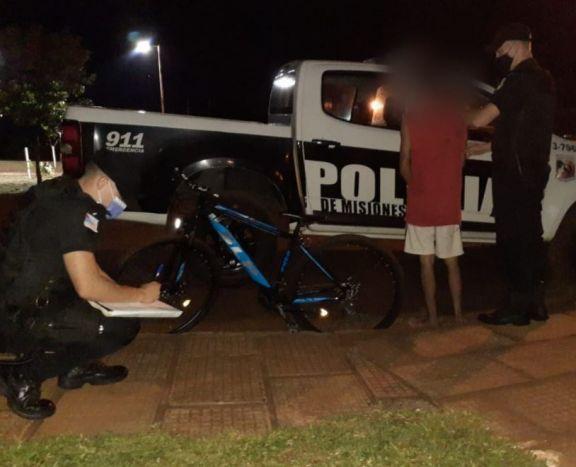 Oberá: detuvieron a un joven que fue filmado cuando robó una bicicleta de una vivienda