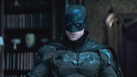 Robert Pattinson encarna un Batman impiadoso con sus enemigos