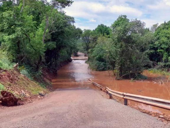 Colonia Aurora espera respuestas al pedido del nuevo puente sobre el arroyo Pindaytí