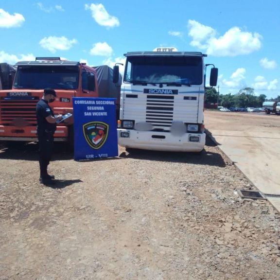 Incautaron dos camiones sin aval tributario en San Vicente