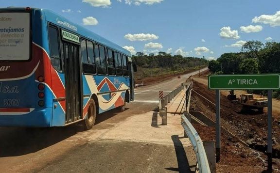 Se habilitó el nuevo puente sobre el arroyo Tirica en la ruta provincial 19