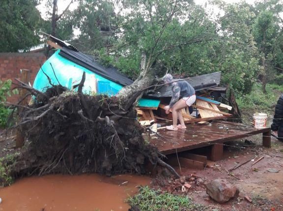 Temporal golpeó fuerte a Misiones y con más fuerza a Puerto Iguazú