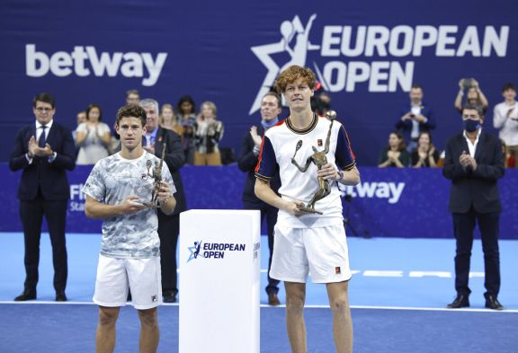 """""""Peque"""" Schwartzman cayó en la final del ATP de Amberes"""