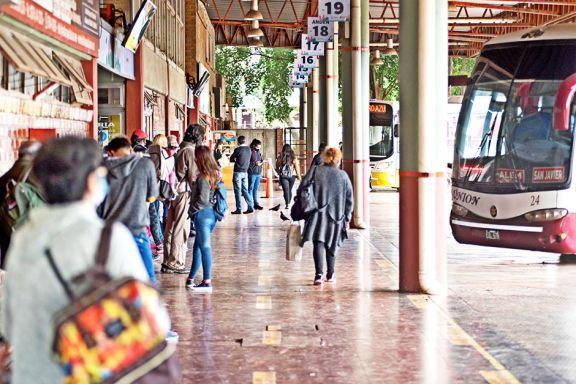 Quejas en las comunas porque los micros siguen con servicios reducidos