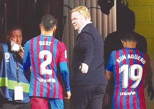 Ronald Koeman fue destituido como DT de Barcelona
