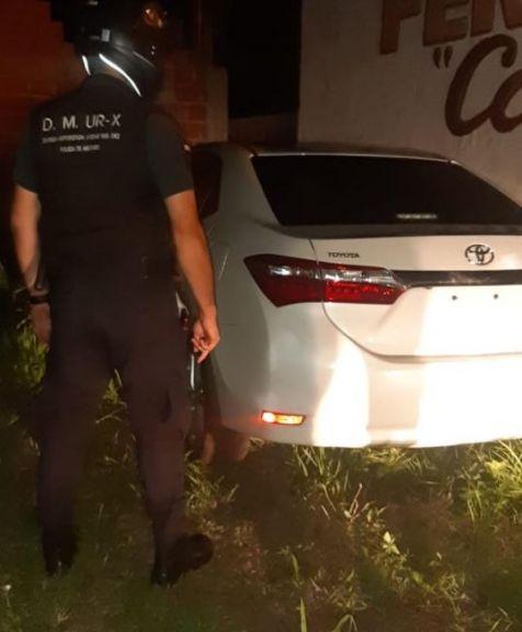 Encuentran un auto que fue utilizado en varios hechos delictivos en Posadas