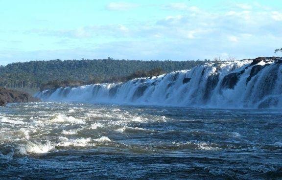 Por la crecida del Yabotí, el Parque Provincial Moconá permanecerá cerrado hoy