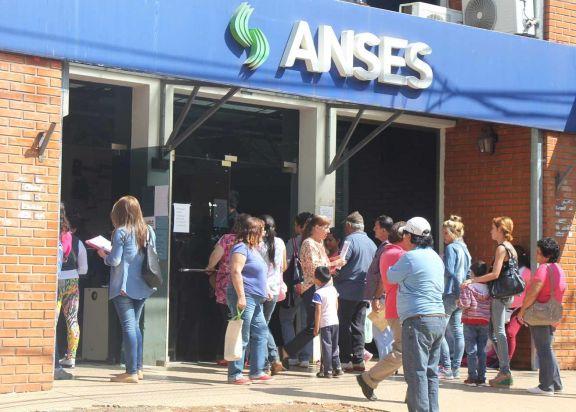 Anses confirmó las fechas de pago de la Tarjeta Alimentar