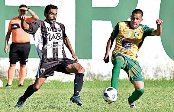 Atlético Posadas y La Picada buscarán la final de la Copa Posadeña