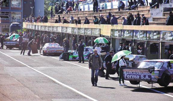 Autódromos en carpeta