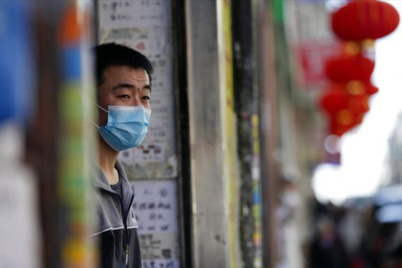 El coronavirus redobló hoy su paso por el mundo en medio de una fuerte tercera ola