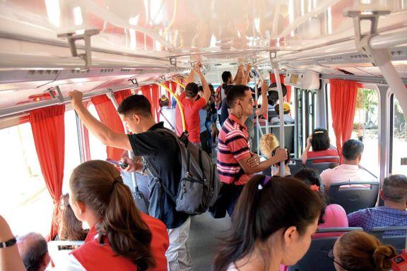 Pese a la restricción, hubo intenso movimiento de pasajeros