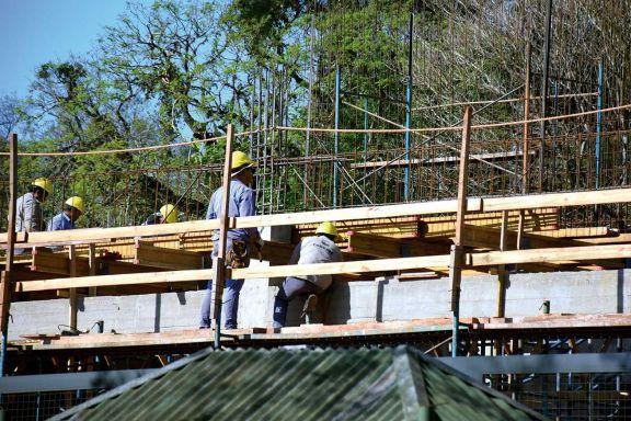 Los precios de la construcción subieron un 12,4% y los del sector mayorista un 4,2%