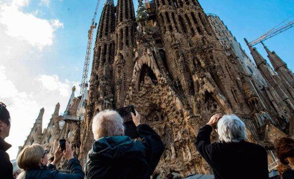 España confirmó que no se abrirá al turismo extranjero hasta julio
