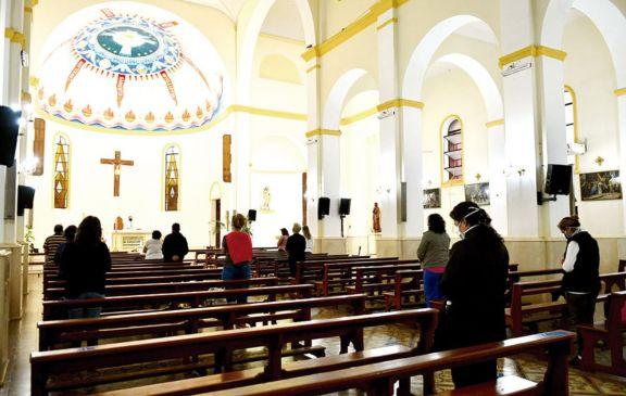 La Catedral  de Posadas  volvió a recibir a sus fieles