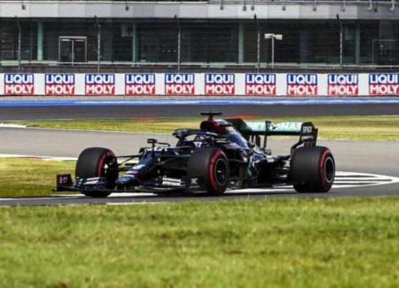 Hamilton partirá primero en el Gran Premio de Gran Bretaña
