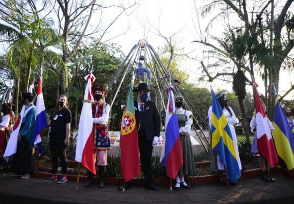 El Parque de las Naciones rinde homenaje a los inmigrantes