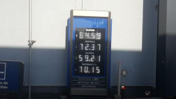 Ya rige el nuevo aumento de YPF: elevó a casi 64 pesos la nafta súper en Posadas