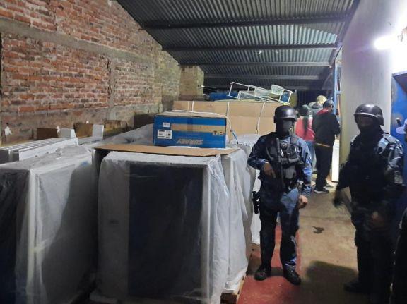 Recuperaron los 20 aires acondicionados robados a iglesia en Garupá