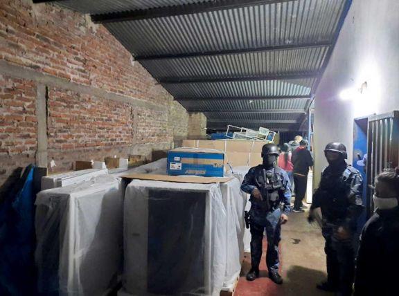 En el allanamiento realizado en la vivienda del barrio Fátima se recuperó la mayoría de los elementos robados.